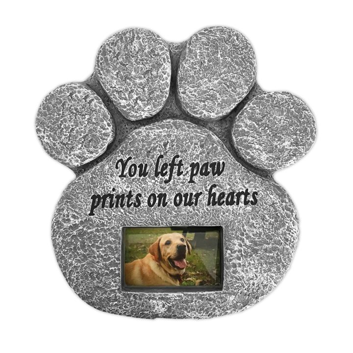 9 Pet Memorial Gifts - Pet headstones and pet memorial stones make an everlasting gift to honor your pet.