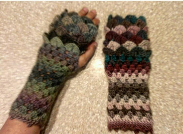 If you love to crochet, this tutorial for dragon scale fingerless gloves allows you to create colorful gloves that are cute and unique.