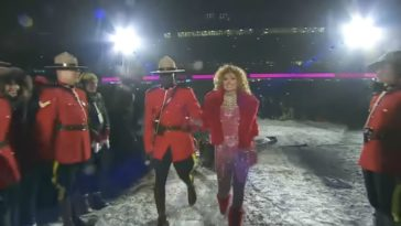 Shania Twain at the 2017 Grey Cup Halftime Show.