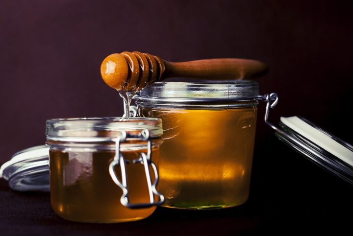 13 Natural Skin Care Products - Honey.