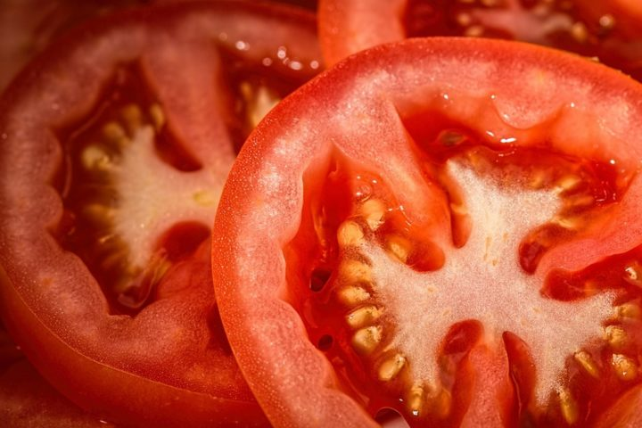 13 Natural Skin Care Products - Tomato.