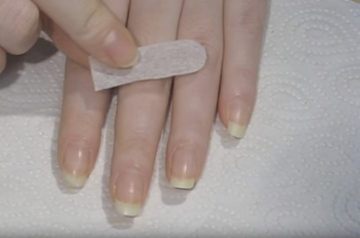 How to Easily Fix a Broken Nail with a Tea Bag - Easy DIY Solution