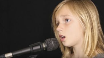 11-Year-Old Girl Sings Haunting Cover of 'The Sound of Silence'.
