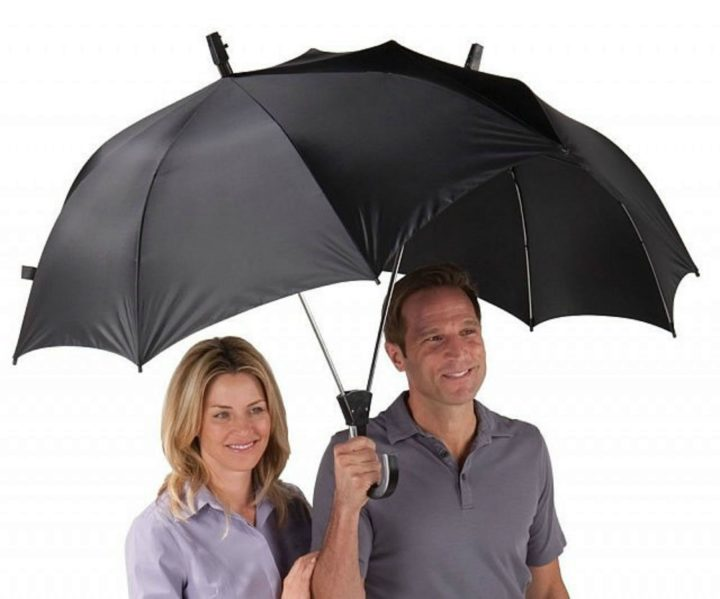 21 Unique Valentine's Day Gifts - Two person umbrella.