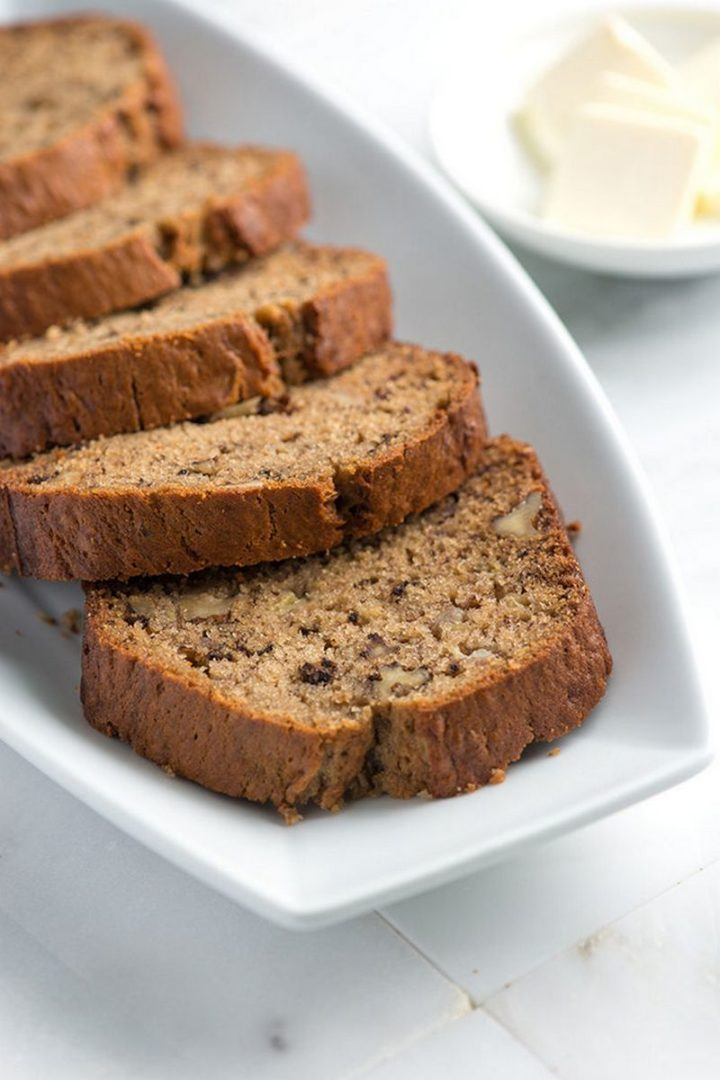 15 Easy Banana Bread Recipes - Classic Banana Bread Recipe.