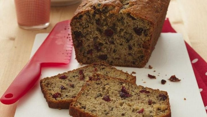 15 Easy Banana Bread Recipes - Cranberry Banana Bread.