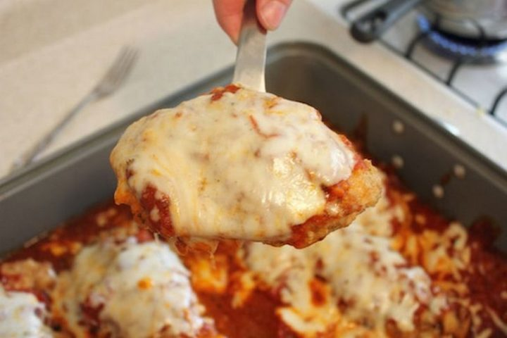 19 Chicken Recipes You Will Love - Easy Chicken Parmesan.