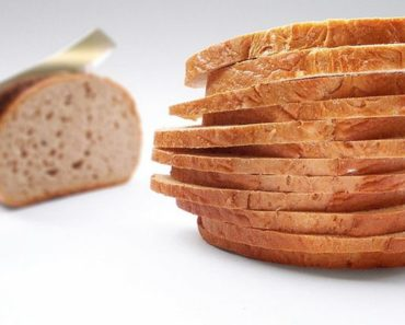 10 Ways to Give New Life to Stale Bread and Reduce Waste