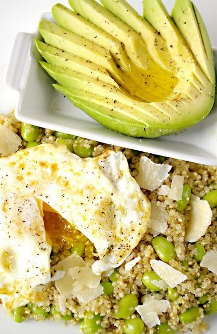 25 Healthy and Delicious Vegetarian Recipes - Quinoa with Edamame, Parmesan and Egg.