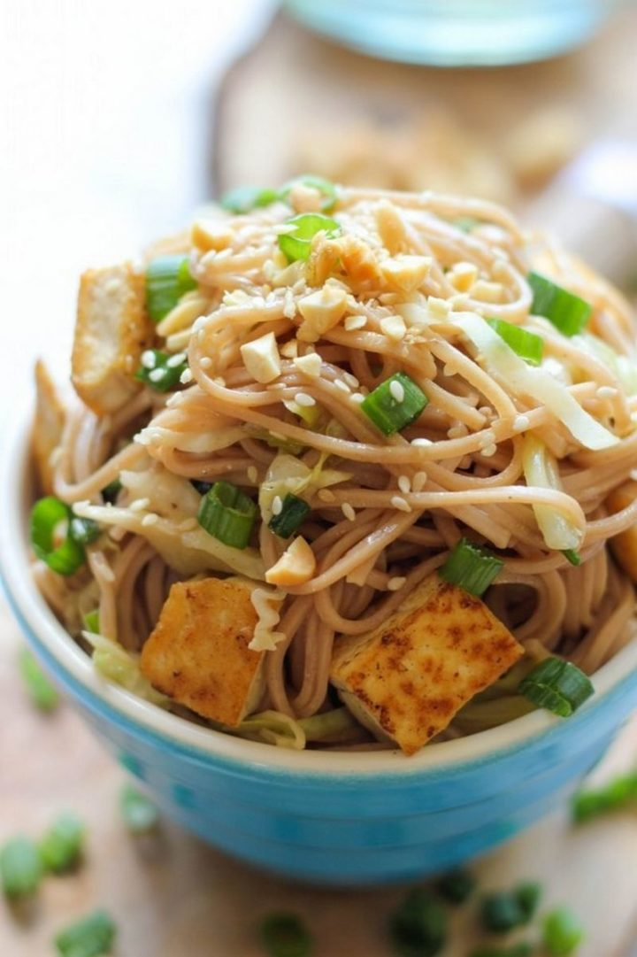 25 Healthy and Delicious Vegetarian Recipes - Tofu Soba Noodles.