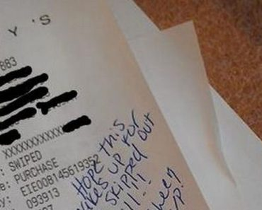 Good Samaritan Helps Waitress at a Denny's Restaurant.