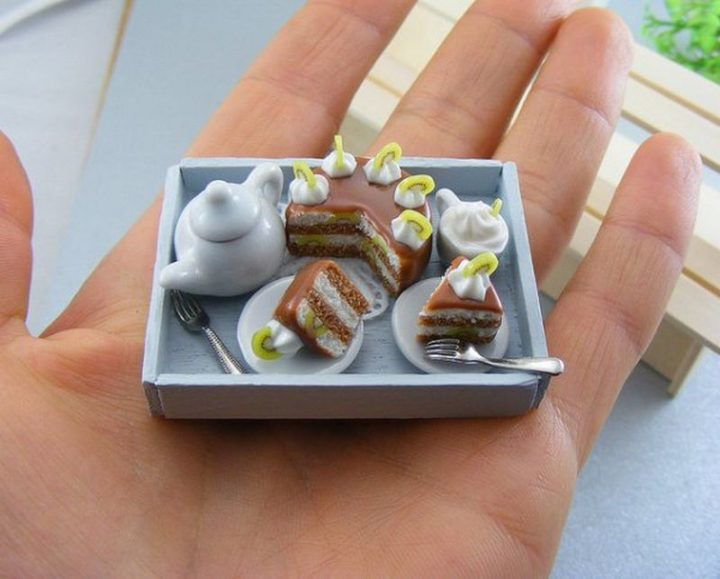 Shay Aaron Miniatures - Tiny Food (coffee cake) That is Collectible and Wearable!