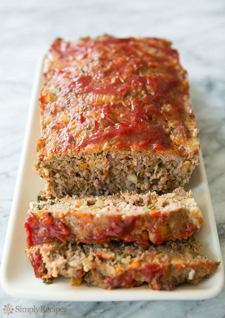 15 Meatloaf Recipes - Classic Meatloaf.