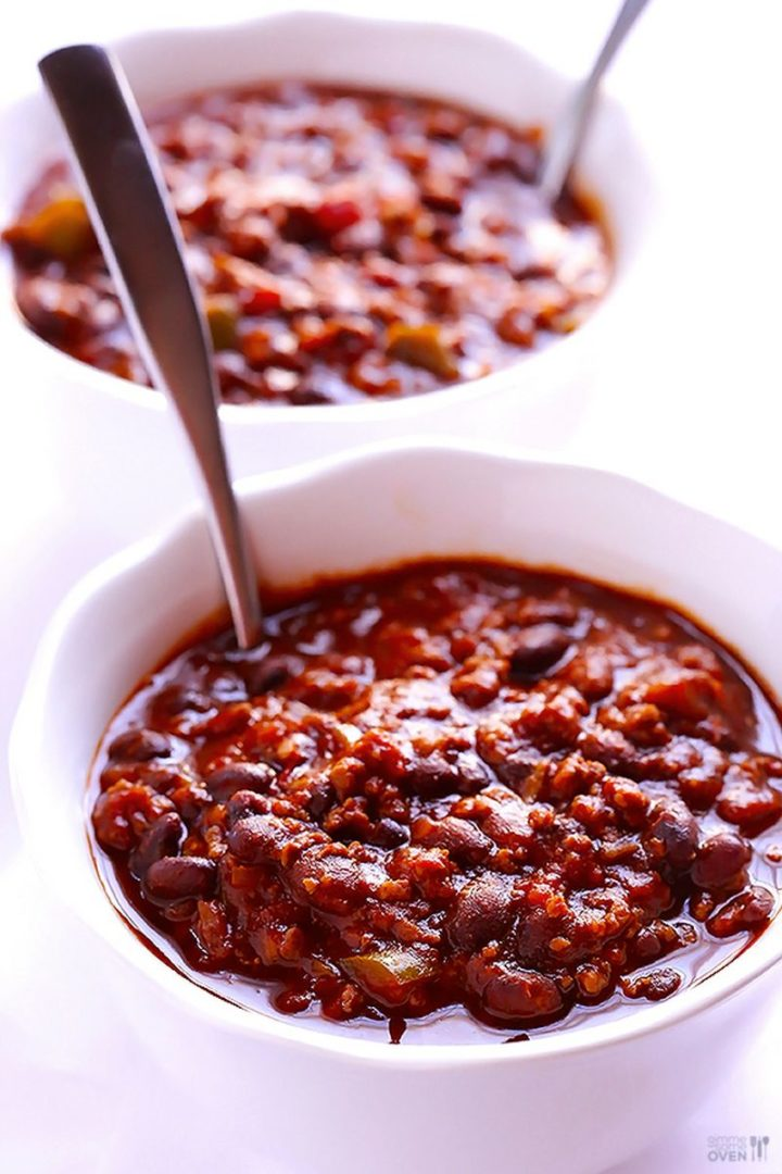 23 Best Chili Recipes - 5-Ingredient Chili.