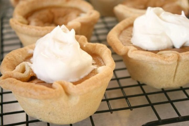 27 Pumpkin Pie Recipes - Mini Pumpkin Pies in a Muffin Tin.