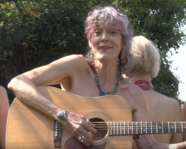 'Older Ladies' Performed by Donna Stevens Is a Tribute to All Women.