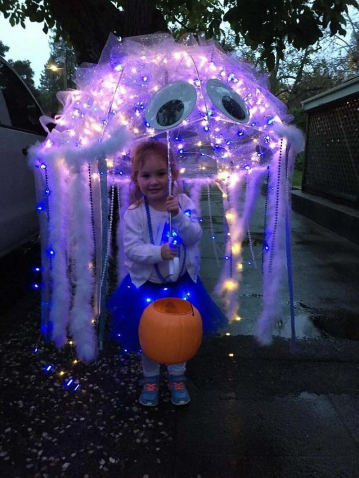 "49 Halloween Costume Ideas - ""Jellyfish costume."""