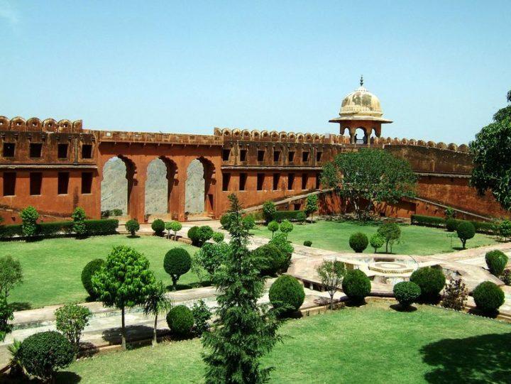 Best Holiday Destinations 2019: Jaipur, India 02.