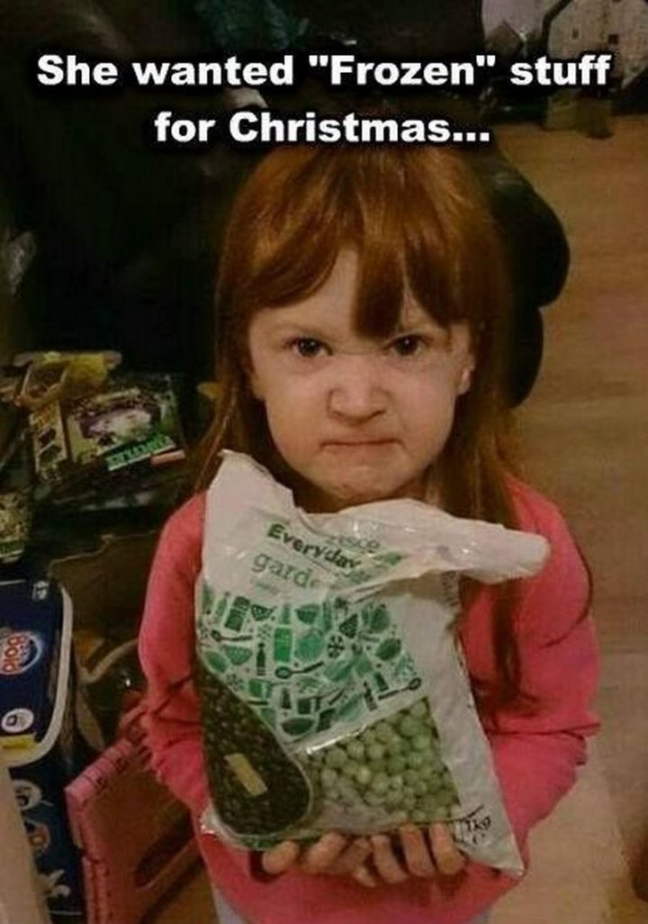 """87 Christmas Memes - """"She wanted 'Frozen' stuff for Christmas..."""""""