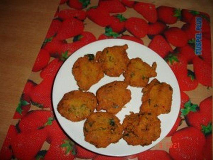 35 Indian Appetizer Recipes - Masala Wada.