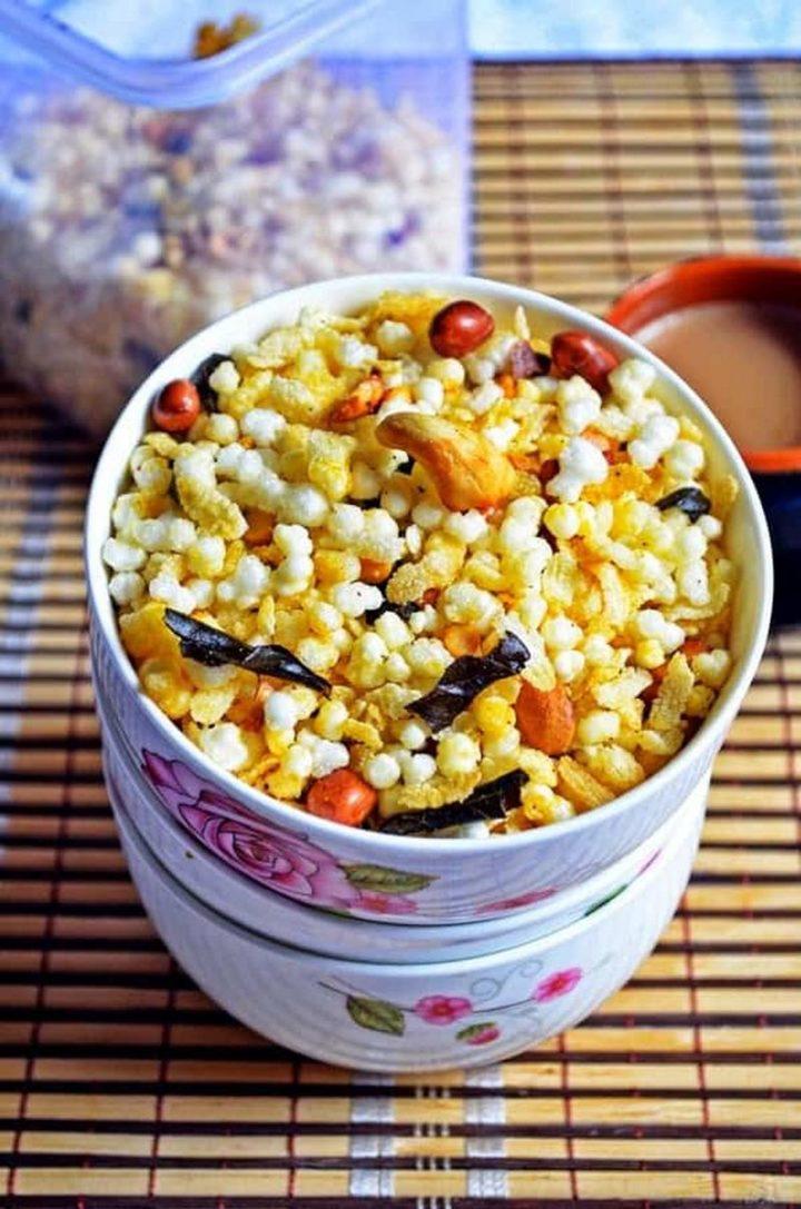 35 Indian Appetizer Recipes - Sabudana Chivda Mixture.