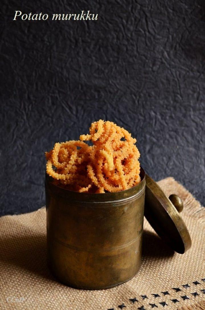35 Indian Appetizer Recipes - Potato Murukku.