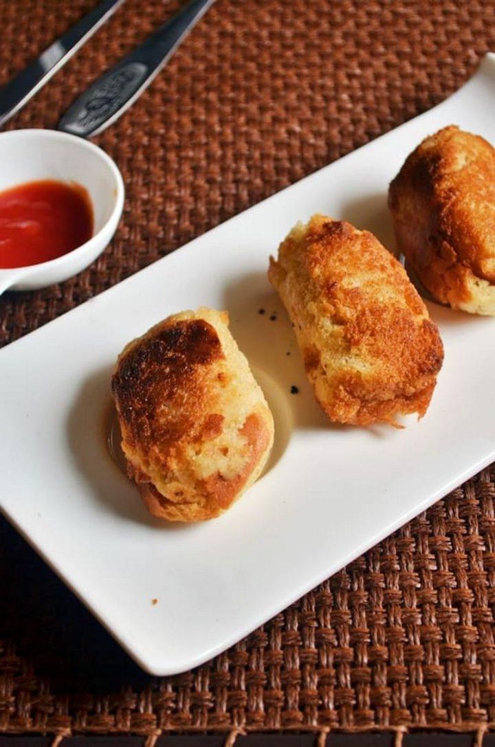 35 Indian Appetizer Recipes - Stuffed Bread Rolls.