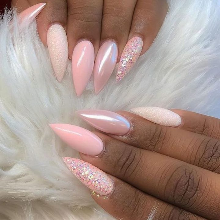 Awesome pink nails that scream beautiful!