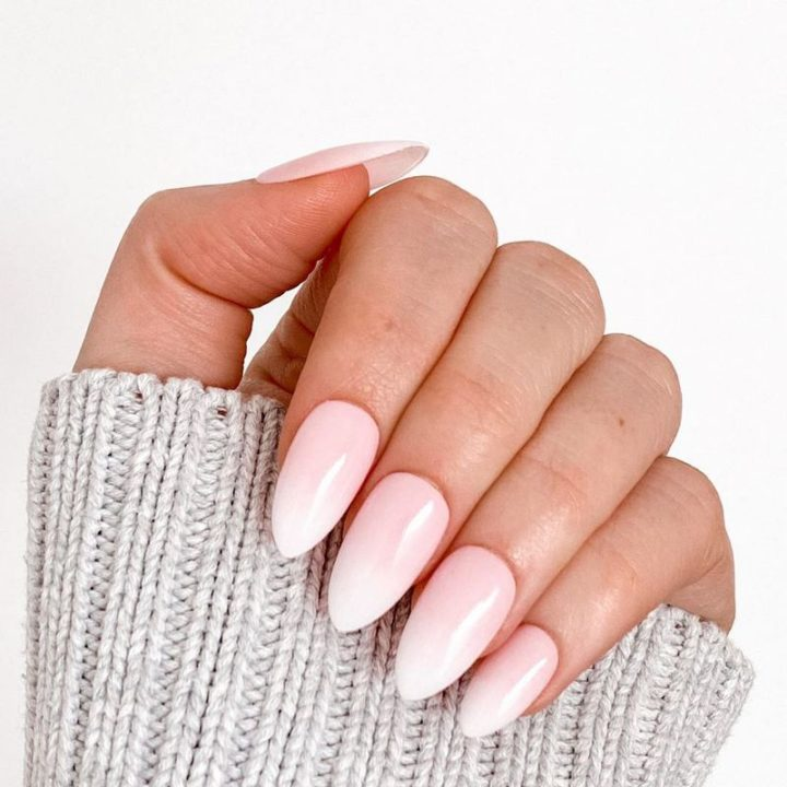 Gorgeous French ombré nails.