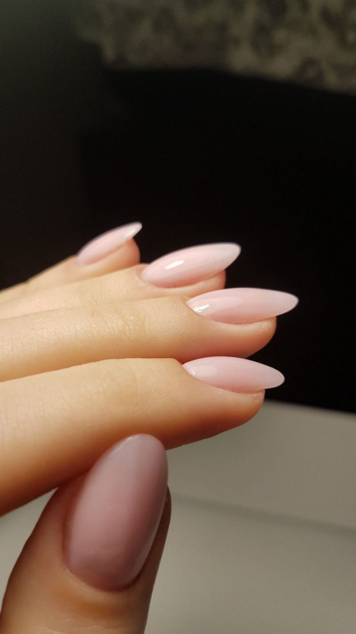Simply perfect nails.