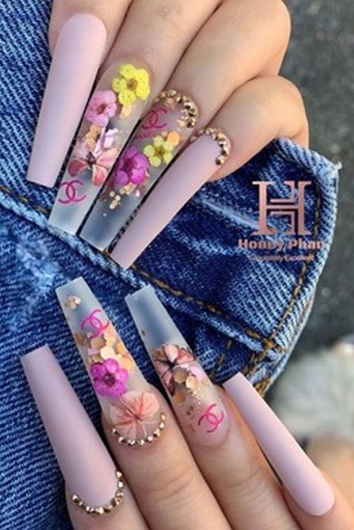 Coffin Shaped Acrylic Nails Flower Nail Art.