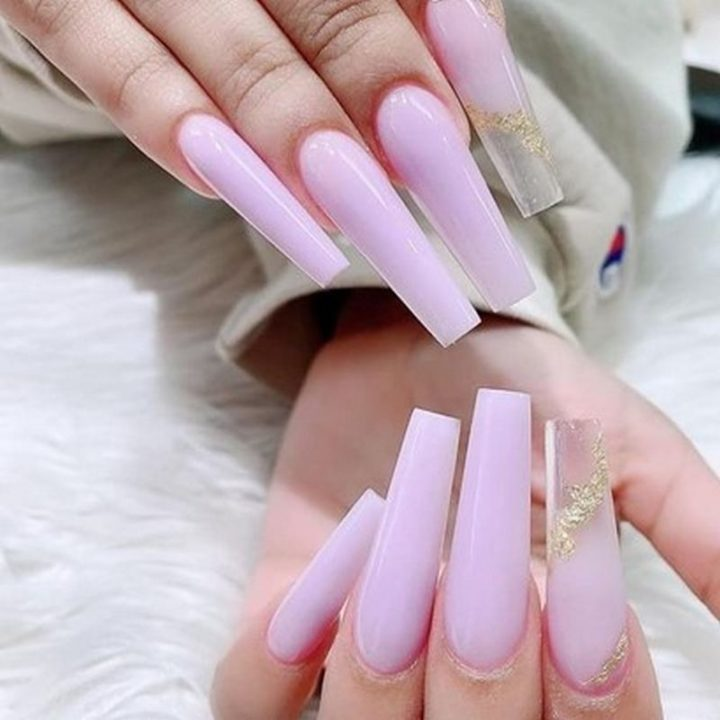 "Say ""Hello"" to Long Nails!"