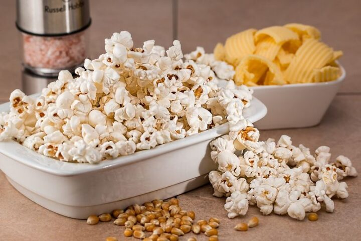 """""""After popping microwave popcorn, separate the opening of the bag just enough for the unpopped kernels to fall out. Shake upside down over the trash can."""""""